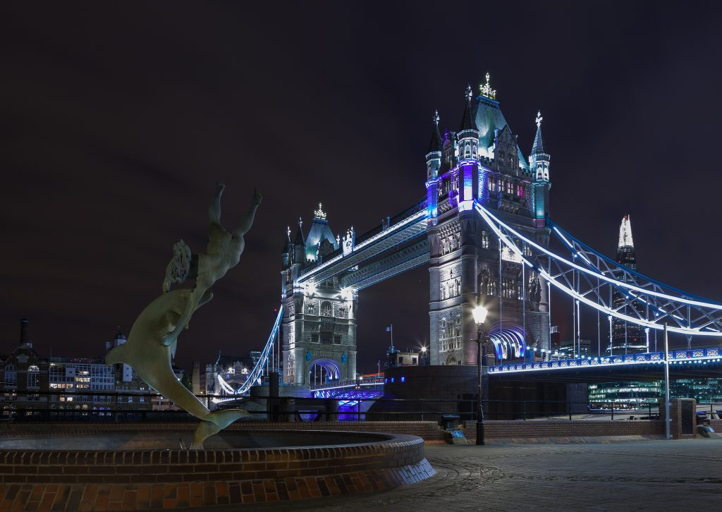 tower-bridge-by-augustin-galatanu